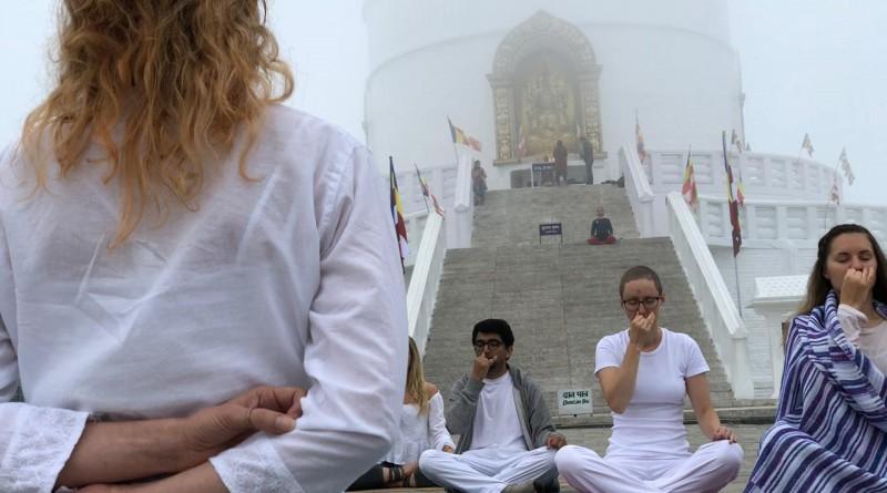 Yoga und Pranayama in Nepal